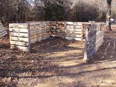 DIY Shed Made From Old Wood Pallets… | http://www.ecosnippets.com/diy/diy-shed-made-from-wood-pallets/