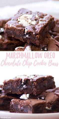 This Marshmallow Oreo Chocolate Chip Cookie Bars recipe is a chocolate lover's dream! Double chocolate chip cookies are filled with crushed Oreos and marshmallow fluff, making these double chocolate cookie bars practically irresistible. double chocolate cookie bars with marshmallows, oreo chocolate chip cookie bars, oreo double chocolate chip cookie bars
