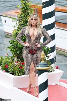 Bebe Rexha, Sexy, Wrap Dress, Bodycon Dress, Dresses With Sleeves, Formal Dresses, Long Sleeve, Girls, Fashion
