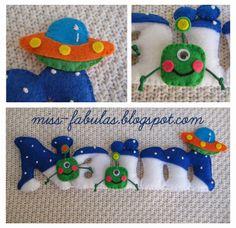 Baby name boy felt ALIEN and UFO handmade felt - Cartel habitación nombre niño EXTRATERRESTRES y OVNI