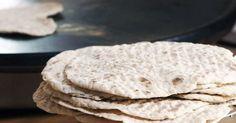 Mandelmanns pannbröd - Enkelt och väldigt gott bröd som du gräddar i stekpannan.