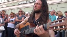 Best Street Guitar Performance: Hundreds flock to watch this street perf...