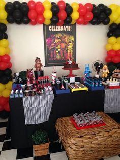 FNAF BIRTHDAY PARTY!: