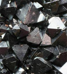 Magnetite, Fe++Fe+++2O4
