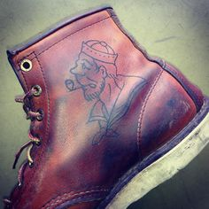 Red wings.