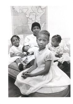 A Brown Mother. Soror Betty Shabazz, wife of Malcolm X, with their daughters. Black History Facts, Black History Month, Betty Shabazz, Divas, Kings & Queens, Vintage Black Glamour, Vintage Beauty, By Any Means Necessary, Malcolm X