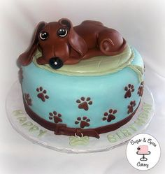 Dachshund cake by Sugar & Spice Cakery