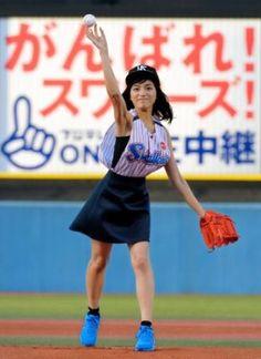 ▼6Aug2014デイリースポーツ 川口春奈 ワンバウンド・ストライク http://www.daily.co.jp/newsflash/baseball/2014/08/06/1p_0007212007.shtml #川口春奈 #Haruna_Kawaguchi