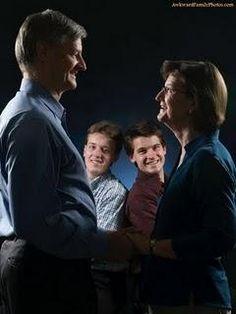 ... Awkward Family Photo anyone?