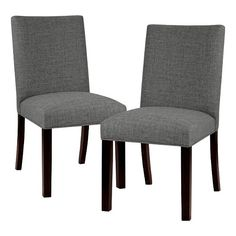 Update your habitat with a pair of Textured Linen Parsons Dining Chair - Threshold. The cozy fabric looks fabulous and feels great—it's stuffed with Dacron foam fill for a super comfy seat—so comfy guests will want to stay for dessert. It's a charming blend of modern and traditional.
