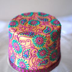 Bollywood Henna Cake.... I want this for my bday cake!