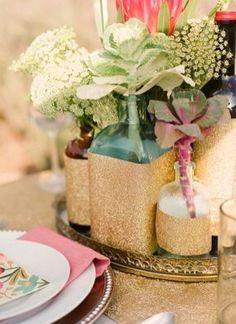 Mas floreros!!! Estos van con escarcha dorada, pero los puedes pedir con escarcha plateada o de colores!!,