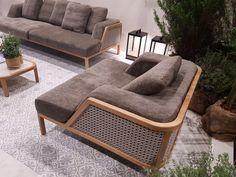 Wood Sofa, Couch Furniture, Luxury Furniture, Furniture Decor, Furniture Design, Sofa Chair, Living Room Sofa Design, Living Room Chairs, Lounge Chairs