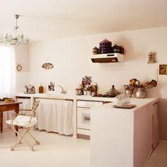 verrière, cuisine, carrelage métro, rideaux, vaisselle, lumineux ... - Rideaux Pour Placard De Cuisine