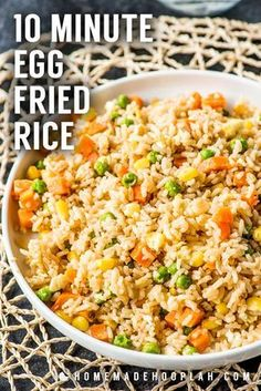 Learn how to make Fried Rice the easy way with this simple Egg Fried Rice Recipe. Just a few ingredients and packed with flavor for a quick and easy dinner. Egg Fried Rice Recipe Easy, Healthy Fried Rice, Fried Rice With Egg, Making Fried Rice, Vegetable Fried Rice, Easy Rice Recipes, Easy Dinner Recipes, Easy Meals, Simple Fried Rice