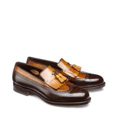 Leather loafers with fringe
