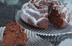 Rotweinkuchen, schön saftig, ein sehr leckeres Rezept aus der Kategorie Kuchen. Bewertungen: 305. Durchschnitt: Ø 4,7.