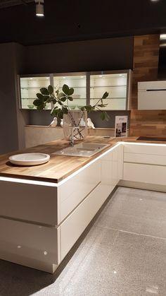 """modern luxury kitchen design ideas that will inspire you 35 """"Interior Design - Kitchen Ideas - Kitchenideas 2020 Luxury Kitchen Design, Kitchen Room Design, Luxury Kitchens, Home Decor Kitchen, Interior Design Kitchen, Kitchen Furniture, Home Kitchens, Kitchen Ideas, Modern Kitchens"""