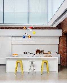 12 kitchen counters vancouver loft designed by architect omer arbel architect omer arbel office click