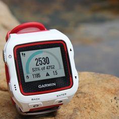 Garmin Forerunner® 920XT GPS Fitness Watch | White/Red