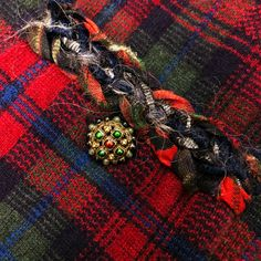 Rare Chanel 13 A Rouge Noir Tartan Cashmere Blazer Veste Cardigan Taille FR36 US2 4 | eBay Tartan, Chanel, Blazer Jacket, Cashmere, Tweed, Ebay, Jacket, Cashmere Wool, Plaid