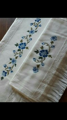 Embroidery On Kurtis, Hand Embroidery Dress, Crewel Embroidery, Embroidery Patterns, Cross Stitch Borders, Cross Stitch Flowers, Cross Stitch Designs, Cross Stitching, Embroidered Towels