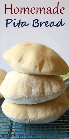 Homemade Pita Bread made with whole wheat flour. These pita pockets are prefect for sandwiches. via Homemade Pita Bread made with whole wheat flour. These pita pockets are prefect for sandwiches. Quick Bread, How To Make Bread, Bread Recipes, Baking Recipes, Whole Wheat Pita Bread, Whole Wheat Flour, Homemade Pita Bread, Homemade Pizza Rolls, Pita Pockets
