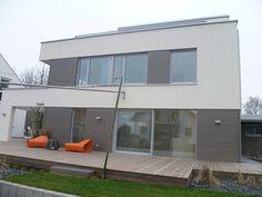 Fassadengestaltung einfamilienhaus rotes dach  hi-einfamilienhaus-030-gdholz-1024x683.jpg (1024×683) | Fassade ...