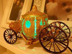 Cinderella's carriage has come into our real world from silver screen. Maybe you will see the legendary princess getting out the mini carriage USB LED lamp at a Usb Gadgets, Cool Gadgets, Usb Lamp, Cinderella Carriage, Unique Gifts For Him, Lamp Design, Cool Things To Buy, Table Lamp, Home Decor