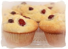 Muffins de chocolate blanco y arándanos. White chocolate muffins and blueberries.