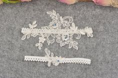 blue flower bridal garter, wedding garter set, bride garter set, ivory lace garter , something blue garter, rhinestone beaded floral garter This amazing garter is specially for your big day. This lace garter set including two garters, both of are with blue flower garters, specially for