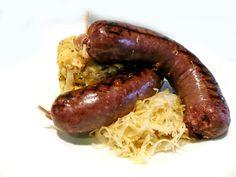 Pečené jelítko se šťouchanými bramborami a salátem z kysaného zelí 2ks 139,- http://www.ukastanu.cz/branik #ukastanubranik