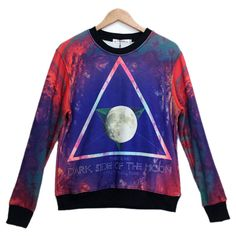 Blue Triangle Star Printed Sweatshirt ($24) ❤ liked on Polyvore featuring tops, hoodies, sweatshirts, blue, blue sweatshirt, star sweatshirt, triangle tops, blue top and star print top
