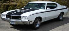455 Engine, Buick came to the muscle car party a bit late but gave it a good shot for a few years. Old School Muscle Cars, Old Muscle Cars, American Muscle Cars, Buick Gsx, Buick Envision, Buick Cars, Buick Lacrosse, Buick Enclave, Gm Car