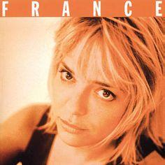 Résiste par France Gall identifié à l'aide de Shazam, écoutez: http://www.shazam.com/discover/track/3043934