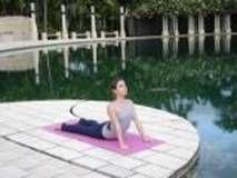 Yoga-Poses-While-Menstruating