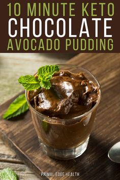 Blend a simple keto chocolate avocado pudding in less than 10 minutes! It's a great quick and easy dessert when you don't feel like spending a lot of time in the kitchen. Coconut Almond Milk, Toasted Coconut, Avacado Desserts, Keto Desserts, Cheesecake Recipes, Cupcake Recipes, Raspberry Cream Pies, Agave, Avocado Pudding