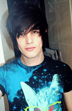 Emo Hairstyles For Trendy Guys Emo Guys Haircuts Pretty Designs for Stylish and Attractive short emo haircuts guys for Comfy Mens Hairstyles 2016, Emo Hairstyles For Guys, Hairstyles Haircuts, Hairstyle Men, Formal Hairstyles, Wedding Hairstyles, Alex Evans, Hot Emo Boys, Emo Guys