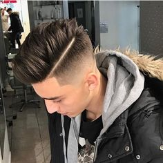 10 Most Funny Haircuts To Erase Social Life Most Weird Haircuts - Stylendesigns Mens Hairstyles With Beard, Undercut Hairstyles, Hair And Beard Styles, Hairstyles Haircuts, Curly Hair Styles, Weird Hairstyles, Weird Haircuts, Haircuts For Men, High Fade Haircut