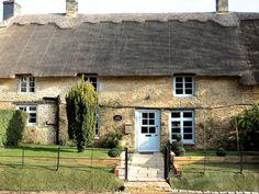 38 delightful uk holiday cottages images in 2019 uk holidays barn rh pinterest com