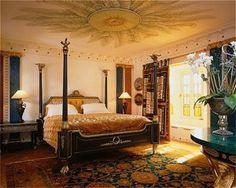La mansión de Versace conserva el espíritu del diseñador