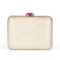 #alewalsh #clutch #summerbag  Ale Walsh - Handmade buntal straw clutch bag. Red coral stone closure 24ct gold plated and a drop-in gold chain. Buy online at www.alewalsh.com Clutch Bag, Tote Bag, Coral Stone, Summer Bags, Red Coral, Luxury Handbags, Summer Collection, Gold Chains, Clutches