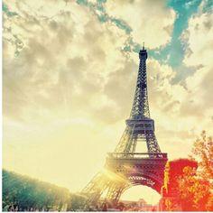 Effiel tower. Uber Gorgeous! <3