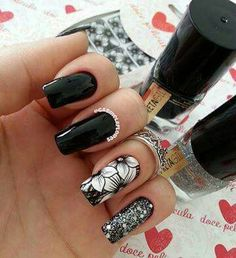 Unhas Nails Esmaltes Preto Decorada Flores Glitter
