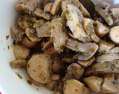 Receitas - Cogumelos Salteados - Petiscos.com Portuguese Recipes, Sushi, Stuffed Mushrooms, Pork, Food And Drink, Veggies, Menu, Favorite Recipes, Vegan