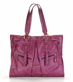 Would you believe this is a diaper bag? I have totally fallen in love with Timi & Leslie diaper bags.