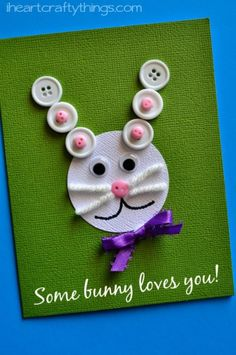 Adorable and easy bunny card for kids to make this spring! A cute activity for Easter!