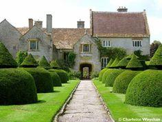 The Galloping Gardener: Galloping Gardener Walks © - Splendid Somerset - Lytes Cary, Montacute and Tintinhull