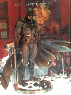 BATMAN V SUPERMAN DAWN OF JUSTICE - Play Arts Kai
