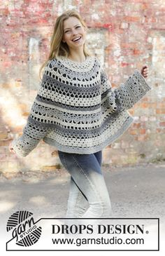 Insolence / DROPS - Free crochet patterns by DROPS Design Crocheted poncho-jumper in DROPS Nepal. The piece is worked top down with lace pattern and stripes. Sizes S – XXXL. Crochet Poncho With Sleeves, Poncho Au Crochet, Crochet Poncho Patterns, Crochet Scarves, Crochet Lace, Free Crochet, Knitting Patterns, Free Knitting, Finger Knitting